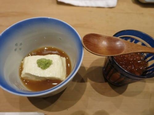 Tofu und Garneleneier