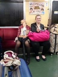 Japaner schlafen überall!